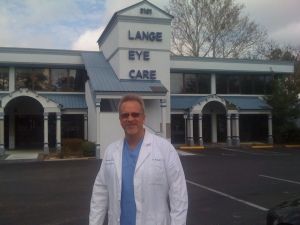 Dr. Michael Lange in front of Ocala Lange Eye Care