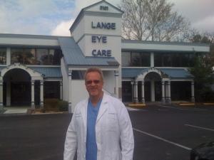 Dr. Michael Lange in front of Ocala Lange Eye Care